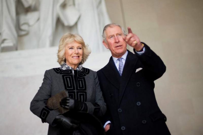 英國查爾斯王子與妻子卡蜜拉(AP)