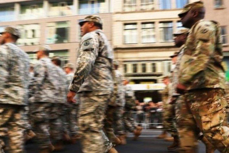 美國國防部每年要為現役、和退役軍人的醫療福利花費數百億美元。(BBC中文網)