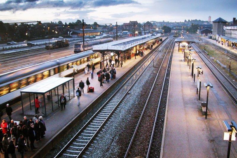 享受搭火車也是旅行中美好的一環...(圖/Brandur Øssursson@flickr)