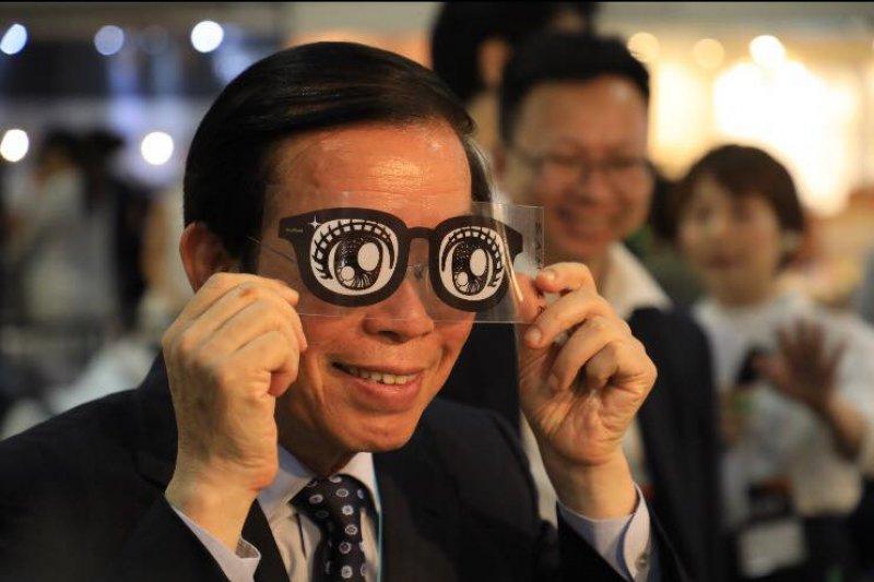 我國駐日本代表謝長廷。(取自謝長廷臉書)