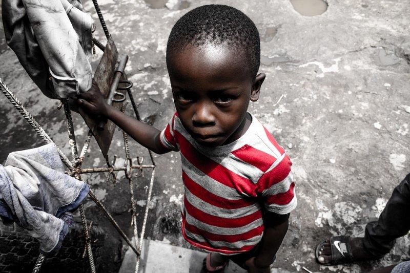 剝削和虐待兒童,是從損及他們的健康與發展的勞動開始,而那身體與心靈的傷口永遠不會癒合。(圖/gentlebeatz@pixabay)