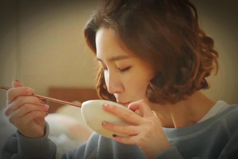 很注重「群體概念」的韓國人,最近也流行起「獨食風」。(示意圖非本人/翻攝自youtube)