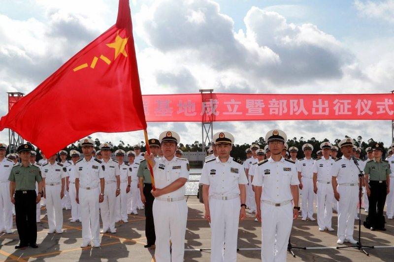 今年7月解放軍舉行了吉布地基地成立暨部隊出征儀式。(取自網路)
