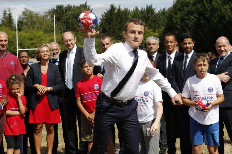 法國總統馬克宏準備全面翻修勞動法規(AP)