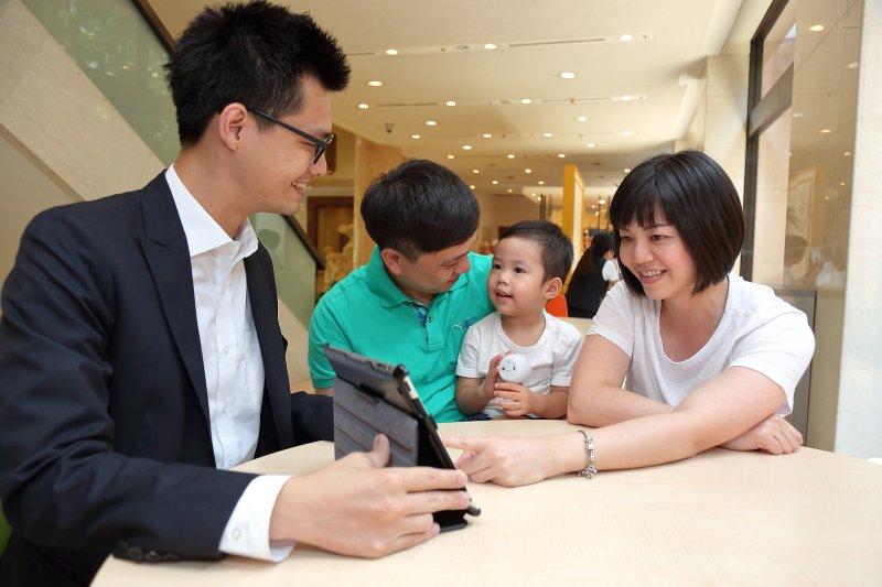 國泰人壽推出的行動理賠APP服務,滿足客戶需求,獲肯定滿意度高達97%。(圖/國泰人壽)
