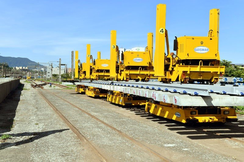 臺鐵橫渡線設備每組造價五千萬,未來可提高東部運輸的能量。(圖/張毅攝)