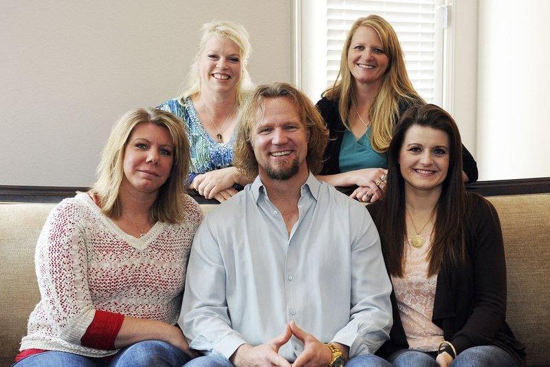 猶他州一名男子布朗(Kody Brown)有4名妻子,正在與美國政府打官司爭取多重婚姻的權力。(美聯社)