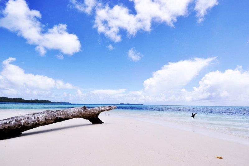 還沒踏上島,就已經感受到這是一個「一生必去」的地方...(圖/Michio Morimoto@flickr)