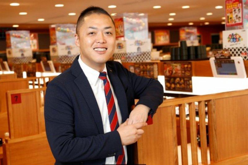 藏壽司董事長西川健太郎,靠著巧思贏得顧客心!(圖/侯俊偉攝,經理人提供)