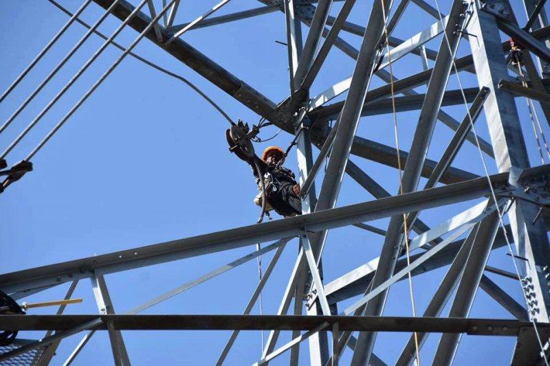 因尼莎颱風吹垮的花蓮和平電廠電塔已修復完成(經濟部臉書)