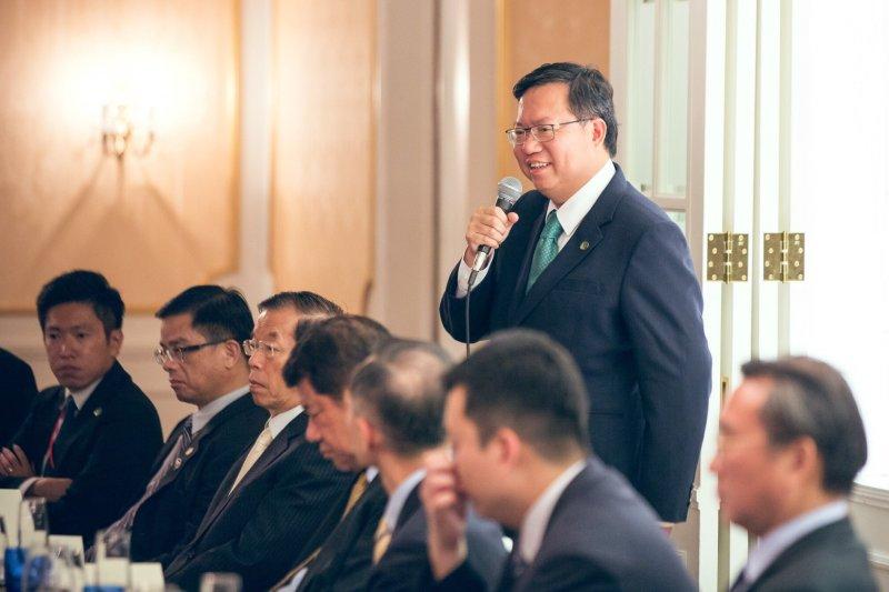 鄭文燦13日晚間出席東京台僑晚宴時表示,台灣改革方向是對的,改革難免遇到衝突,但政府應落實具體改革政策,讓改革的價值浮現。(桃市府提供)