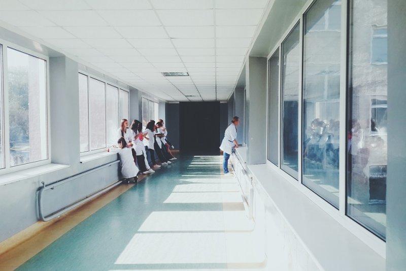 把遺體冷凍起來,期盼有天醫療能進步到復活再生,這真的可能嗎?(示意圖/Pixabay)