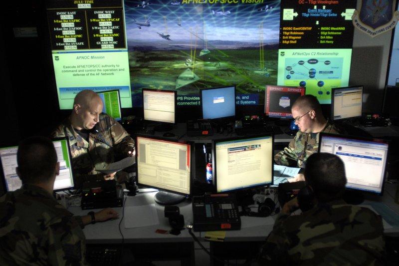 網路戰在現代戰爭中的重要性與日俱增。(美國空軍網站)