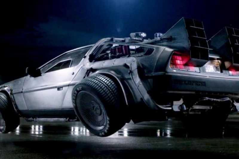 從以前我們就對汽車有著多種想像,但除了穿越時空我們真正需要的是什麼?(圖/mensuno)