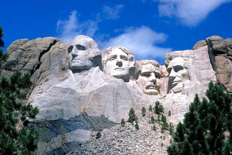 拉什莫爾山國家紀念公園。(美國之音資料照)
