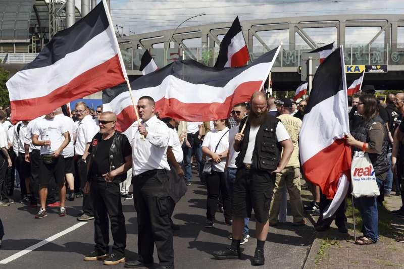 德國新納粹分子發起遊行(AP)