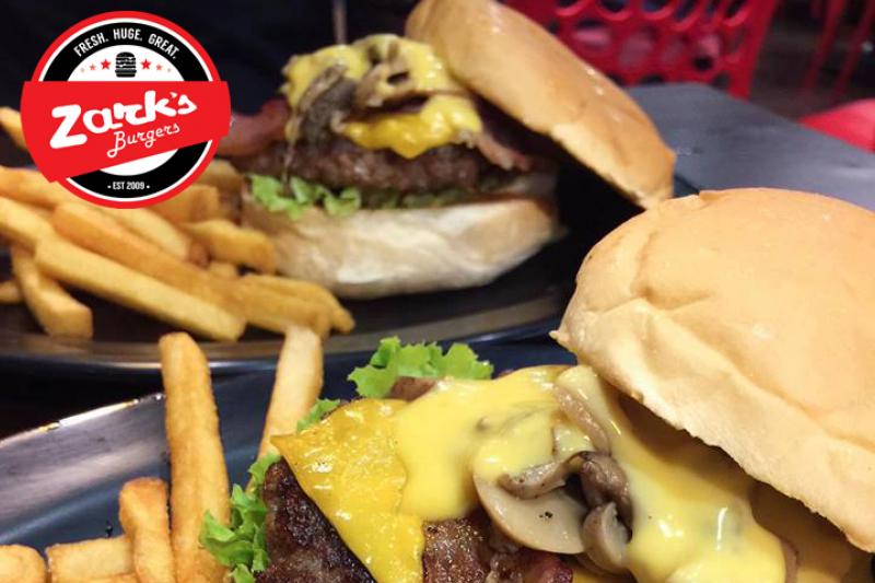 舉辦8披索漢堡促銷,引發民眾瘋狂排隊搶購的ZARK's Burgers。