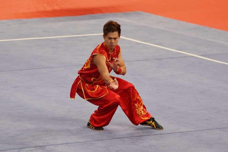 2017-08-29-世大運武術,男子南拳南棍全能項目,許凱貴奪金牌02。(大專體總提供)