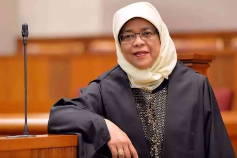 新加坡首位女總統哈莉瑪(Halimah Yacob)。(截圖自YouTube)