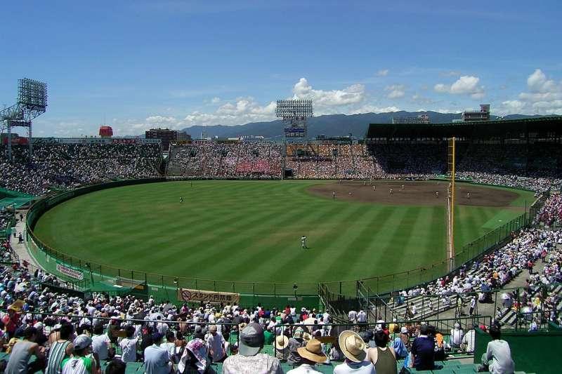 2017-08-30 阪神甲子園球場。(圖: I, DX Broadrec@Wikipedia /CC BY-SA 3.0)