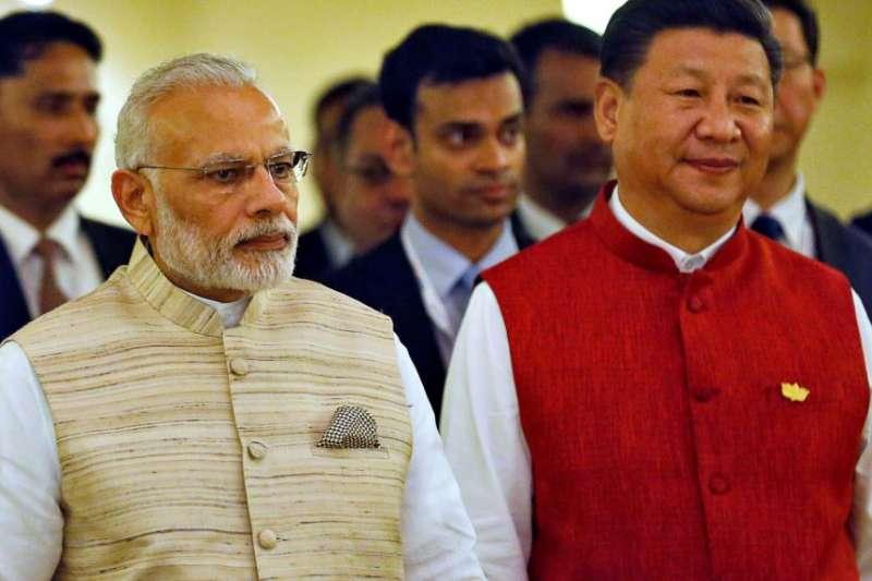 印度總理莫迪和中國國家主席習近平。(美國之音)
