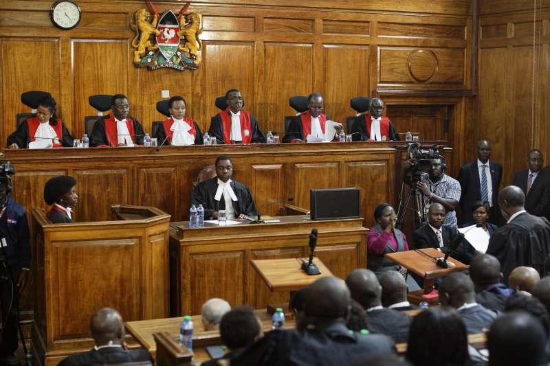 肯亞最高法院1日宣告,8月8日總統大選的結果「作廢,無效」,總統肯亞塔勝選無效。(美聯社)