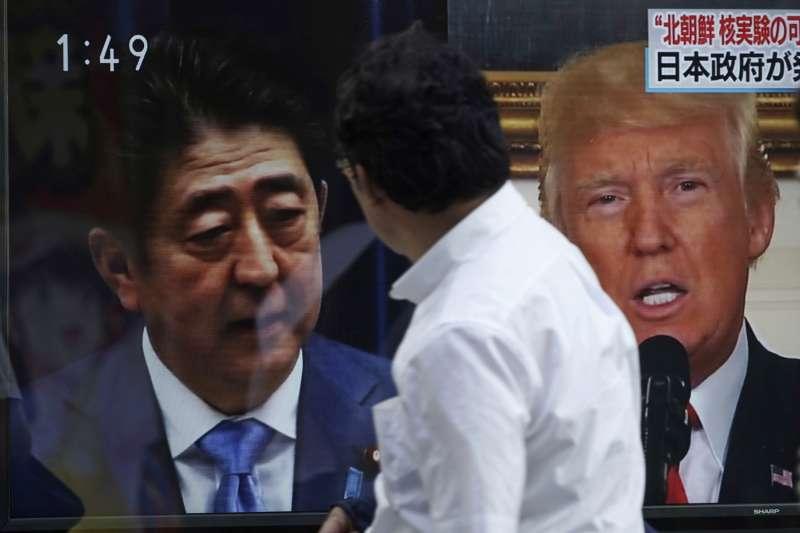 日本首相安倍晉三與美國總統川普商議擴大制裁北韓力道(AP)
