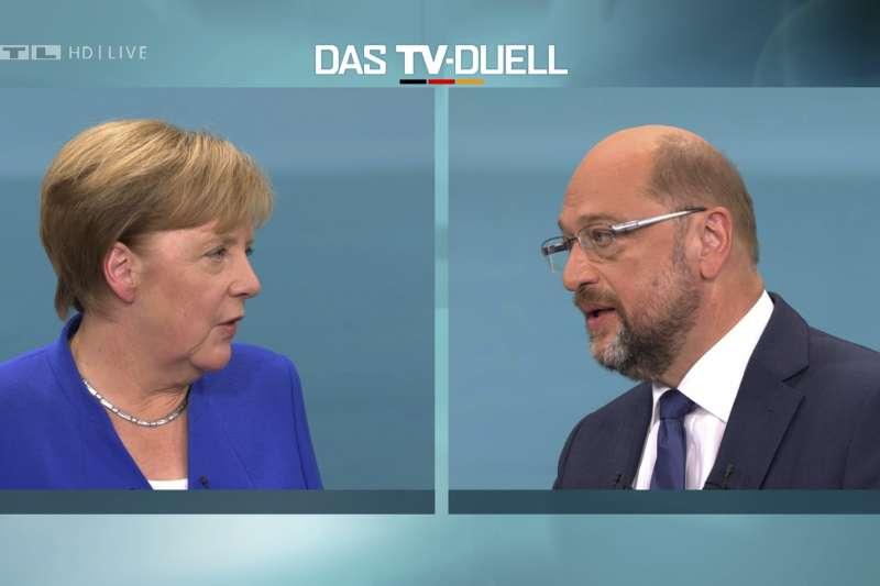 德國大選:現任總理梅克爾與主要對手舒爾茨辯論(AP)