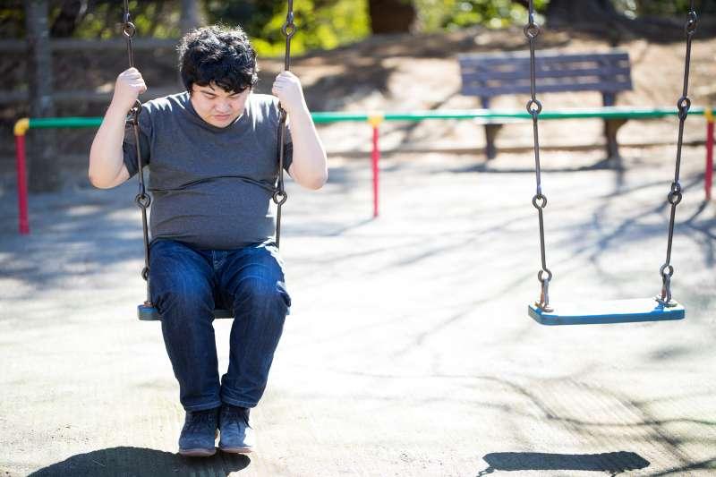 男性年過50歲以後,攝護腺將逐漸肥大,若出現以下三種情況還不開刀將有可能導致洗腎。(資料照,圖/Pakutaso)
