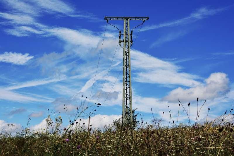 這麼多外資聚集在離岸風力發電產業,為什麼還是發展不起來?(圖/congerdesign@pixabay)