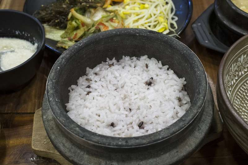 20多歲 早洩 | 不吃糙米吃白米,很不健康嗎?營養師道出現代人真正的飲食問題,重點其實是…