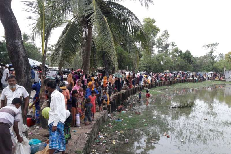 隨著緬甸接壤孟加拉邊境地區本已急迫的人道狀況持續惡化,逃亡至孟加拉的羅興亞難民正急需醫療和人道援助。(無國界醫生)