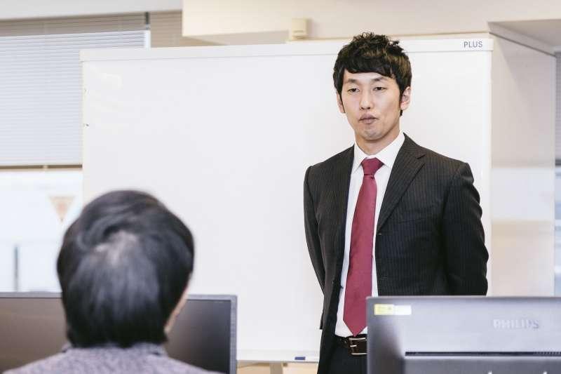 在招聘員工的時候,你準備問他什麼問題?(圖/すしぱく@pakutaso)