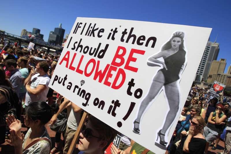 澳洲2017年9月將舉行同性婚姻合法化公投,平權團體呼籲民眾投支持票(美聯社)