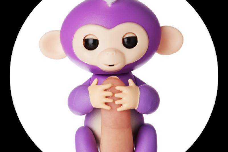 風靡美國的新智能玩具手指猴。 (取自Fingerlings官網)