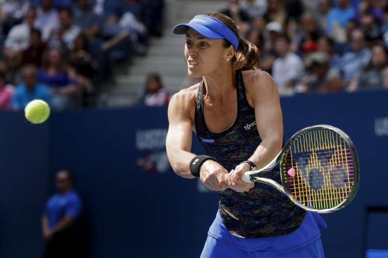 瑞士前世界球后辛吉絲與台灣網球女將詹詠然10日在美國網球公開賽(美網)女子雙打決賽奪下冠軍(AP)