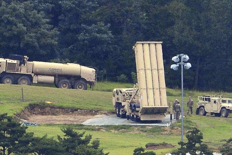 2017年9月,美軍6套「薩德」飛彈防禦系統進駐南韓星州(AP)