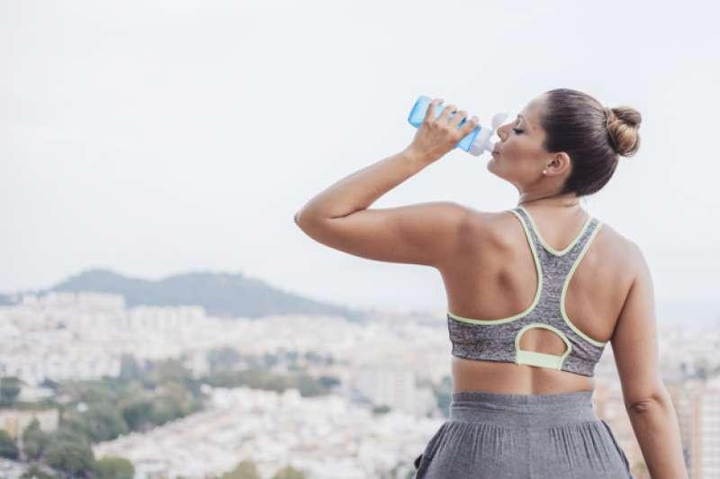 颱風來勢洶洶,你喝的水安全嗎?(圖/freefik)