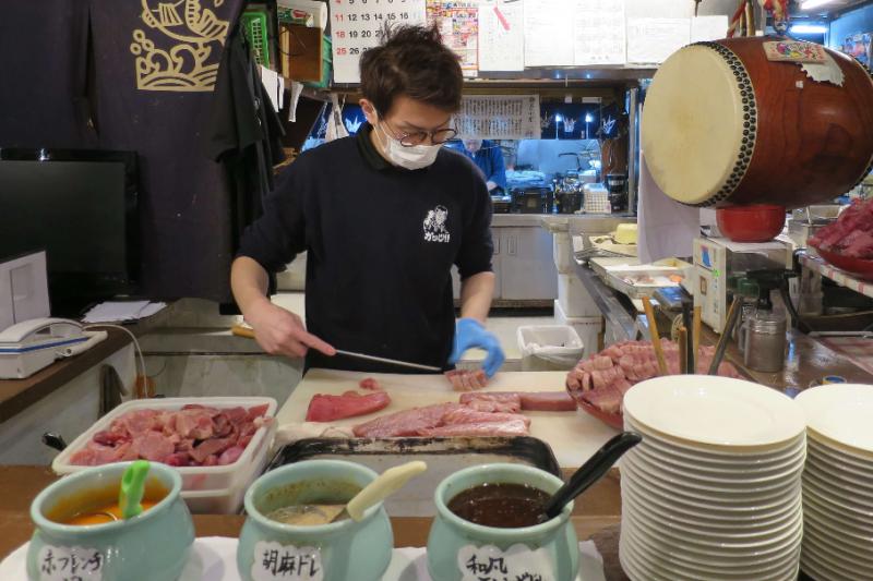 午餐時間的生魚片吃到飽方案CP值超高!(圖/FAST JAPAN提供)