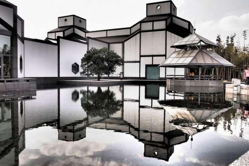 貝聿銘的作品「蘇州博物館」西部新館,完美融合新、舊園景,已成當地著名地標。(圖/城市美學新態度提供)