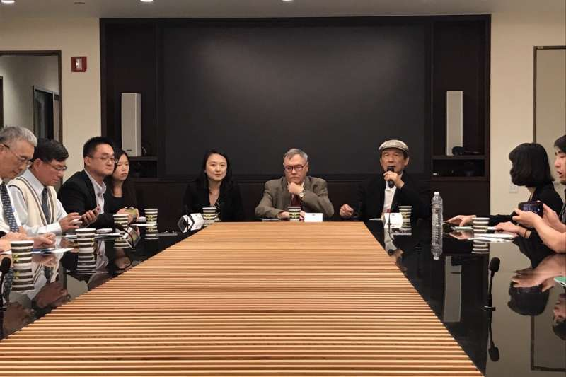 台灣聯合國協進會2017入聯宣達團一行人拜會自由之家(freedom house)紐約辦事處主任資深副會長阿爾奇·普丁頓(Arch Puddington)舉行閉門會議。(台灣聯合國宣達團提供)