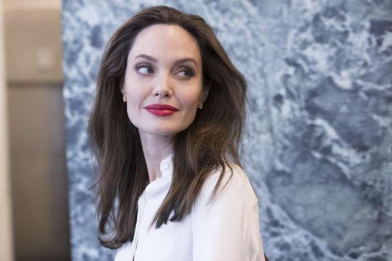 2017年聯合國大會已經展開,長期關注人道議題的女星安潔莉娜裘莉(Angelina Jolie)也在14日前往紐約聯合國總部,拜會祕書長古特雷斯(AP)
