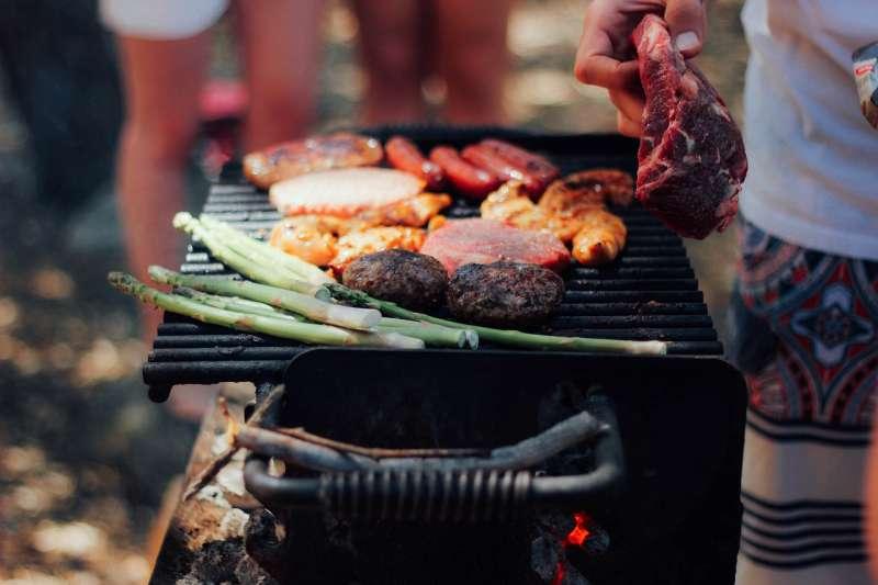 不是只有香腸肉片能用烤的,還有很多你意想不到的食材可以放在烤爐上~