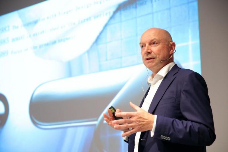 年度CEO論壇再次邀請到Dornbracht集團第三代總裁Andreas Dornbracht來台分享未來生活大趨勢。(圖/楠弘廚衛提供)
