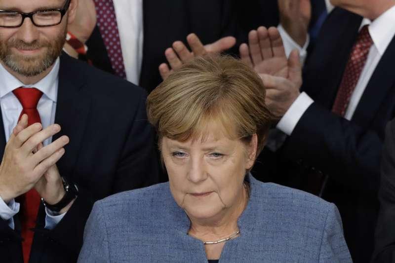 2017德國大選:梅克爾成功連任,但接下來要煩惱結盟組閣(AP)