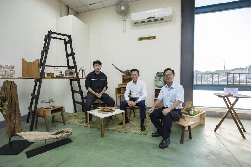 新竹再生家具廠與木藝家合作,希望民眾回收家具,創造綠色商機。(圖/新竹市環境保護局官網)