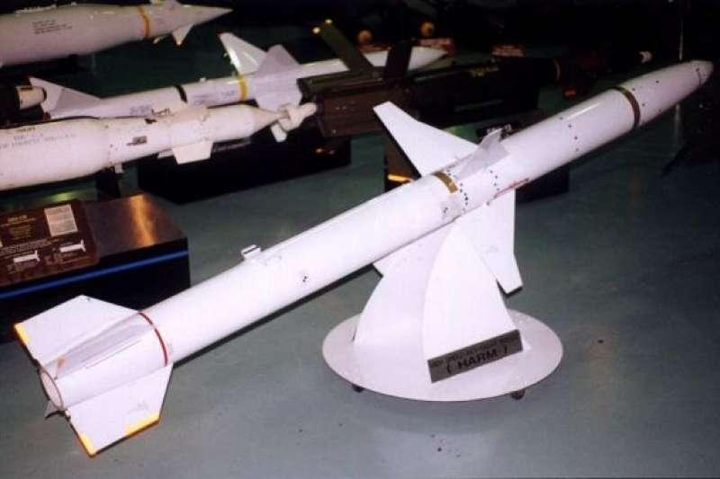 2017-09-25-AGM-88B,HARM飛彈。(取自美國空軍網站)