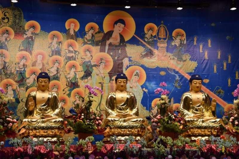 2017-09-26-佛寺、佛像、宮廟、寺廟、宗教示意圖。(《宗教團體法》研討會活動臉書)