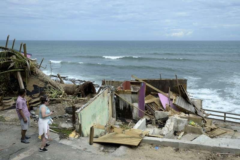 颶風重創波多黎各,許多房屋不敵風雨嚴重受損。 (美聯社)