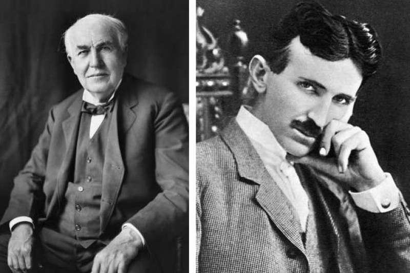老師沒教不代表沒有,「發明大王」愛迪生原來也存在黑歷史。圖左為愛迪生,圖右為其宿敵特斯拉。(圖/wikimedia commons)